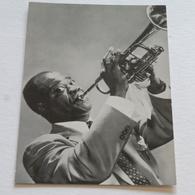 LOUIS AMSTRONG - Carte Postale Maxi ( A5 : 21 X 15) - Photo MGM - Chanteurs & Musiciens