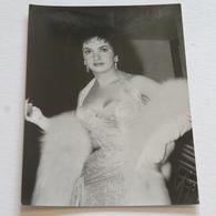 GINA LOLLOBRIGIDA - Carte Postale Maxi ( A5 : 21 X 15 ) - Photo UP - Acteurs