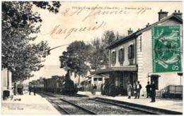 21 POUILLY-en-AUXOIS - Intérieur De La Gare - Frankrijk
