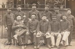 Militaria : Carte Photo : Groupe De Soldats - FRANCHEVILLE - Rhone - 1914 - War 1914-18