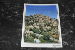 5862   GORDES - Gordes