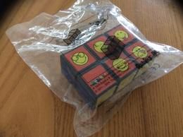 """Jouet * """"Rubik's SMILEY"""" Distribution McDonald's Réf TEB Sous Blister - Figurines"""
