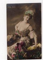 240 - Lilly NADOR - Actrice De Théâtre - Artistes