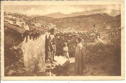 ALGERIE - Cour D'une Maison Kabyle - Au Fond Fort National Et Le Djarjura - Autres Villes