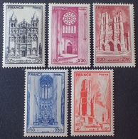 DF50500/753 - 1944 - CATHEDRALES - SERIE COMPLETE - N°663 à 667 NEUFS* - Nuovi