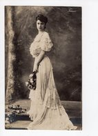 256 - Frau LUNA - Comédienne - Artistes