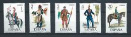 ESPAÑA 1977 - ED. 2381/2385 ** UNIFORMES MILITARES - 1971-80 Ongebruikt