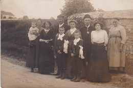 94/ SAINT MAUR / PHOTO BLANC / TRES BELLE CARTE PHOTO DE FAMILLE POUR COMMUNION ? - Saint Maur Des Fosses