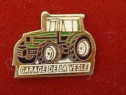 PIN'S TRACTEUR - GARAGE DE LA VESLE -  AGRICULTURE - Pins