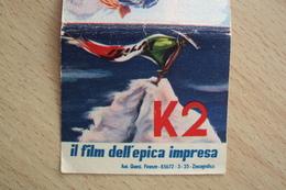 ALPINISMO LA CONQUISTA DEL K2 DA PARTE DEGLI ALPINISTI ITALIANI PIEGHEVOLE FILM DELL'EPICA IMPRESA RARO - Sport