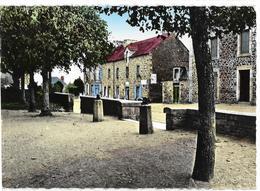 ST-LORMEL La Place De L'Eglise  Ed. Du Moulin 2 - France