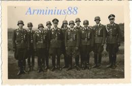 Luftwaffe - Auszeichnung - Kriegsverdienstkreuz 1939 2. Klasse Mit Schwertern - Stahlhelm - Oorlog, Militair