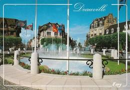 14 Deauville La Place Morny (2 Scans) - Deauville