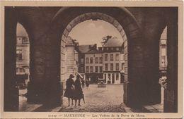 CPA  MAUBEUGE. Les Voûtes De La Porte De Mons - Maubeuge