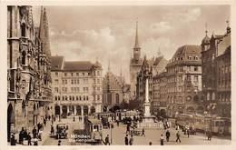 München, Marienplatz, Belebt, Tram - Muenchen