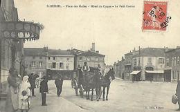 PLACE Des Halles Hôtel Du Cygne Attelage Commerces Casino SAINT MIHIEL MEUSE Ed COLIN - Saint Mihiel