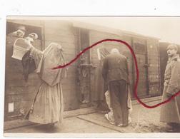 ( 80 ) - Peronne An Der Bahnhof Schwestern Stärken Franz. Kriegsgefangenen  Photo Allemande TOPKLASSE !!!!!!!!!!!!!! - Peronne