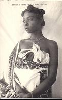 AFRIQUE ORIENTALE Madagascar Jeune Fille Yeso - Madagascar