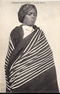 AFRIQUE ORIENTALE Costume Betsileo (Femme De Madagascar) - Madagaskar