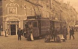Charleroi - Avenue Des Viaducs  (animée, Tram Tramway, Distillerie Au Travailleur Voir Zoom) - Charleroi