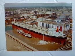 """NAVIRE PÉTROLIER """" BATILLUS """" De 550.000 TONNES EN CONSTRUCTION A SAINT-NAZAIRE - Schiffe"""