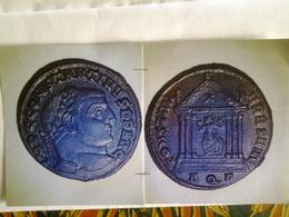 Follis De Constantin 1er Tête à Dr Rv / Rome Assise Dans Un Temple Dans Le Fronton Une Croix Aquilee Rare En Cet état - 5. La Crisis Militar (235 / 284)