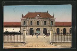 CPA Roanne, La Gare - Roanne