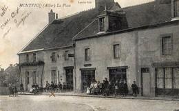 Montvicq  03   La Rue Et La Place Tres Tres Animée Devant  Café-Tabac Et Epicerie - Autres Communes