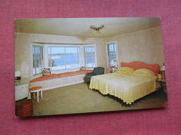 The Yardarm Hotel  Westhampton Beach  New York > Long Island   Ref 3311 - Long Island