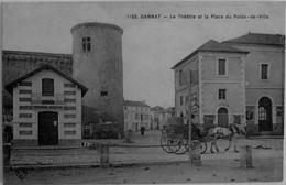 Gannat : Le Théatre Et La Place Du Poids De Ville - Francia