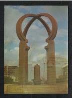 United Arab Emirates UAE Dubai 3 D Postcard 2 Picture Clock Tower & Flame Monument Plastic View Card - Dubai