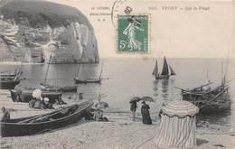 YPORT - Sur La Plage - Voilier - Boiteau - Yport