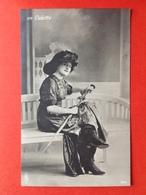 1911 - MODE - EN CULOTTE - BROEKROK - PARAPLU - PARAPLUIE - Mode