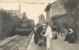 LAGRUNE . LA GARE .SUPERBE + TRAIN - France