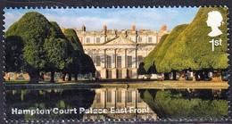 2018 GB  Hampton Court Palace & Gardens - Hampton Court Palace - East Front 1st  Used - 1952-.... (Elizabeth II)
