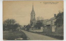 PLAISIR - LA BOISSIERE - L'Eglise Et La Rue Principale - Plaisir