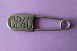 Epingle à Nourrice Cp40 - Longueur 5.5 Cm - 3 Photos - - Vintage Clothes & Linen