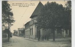 BEZONS - Rue De Villeneuve , Angle De La Rue De La Mairie - Ecole Maternelle - Bezons