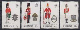 Gibraltar 1971 Uniforms 4v ** Mnh (42570C) - Gibraltar