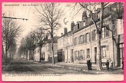 Charleville - Rue De Flandre - Estaminet PARENT - Epicerie - Animée - ISOBROMURE - Edit. CHARPENTIER RICHARD - Charleville