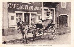 CPA THAON LES VOSGES 88 - Madame Delait En Voiture - Thaon Les Vosges