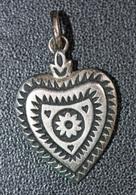 Pendentif Médaille Religieuse De Foi Bretonne En Forme De Coeur - Bretagne - Religious Medal - Religione & Esoterismo