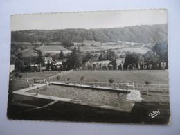 CPSM 38 - SAINT GEOIRE EN VALDAINE LA PISCINE ET LE STADE MUNICIPAL - Saint-Geoire-en-Valdaine