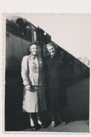 REAL PHOTO -  TRAIN In Railway Station Women Railway Workers  -  Jugoslovenska Zeleznica,  Old Photo - Trains