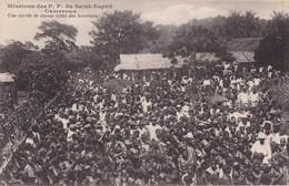 CAMEROUN - Missions Des P.P. Du Saint-Esprit - Une Sortie De Messe (côté Des Hommes) - Cameroon