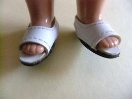 MARIQUITA PEREZ Muñeca ( Zapatillas ) Poupée MARIQUITA PEREZ ( Pantoufles) - Muñecas