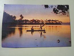 POLYNESIE FRANCAISE TAHITI PECHE NOCTURNE LE FLAMBEAU SERVANT A ATTIRER LES POISSONS - Polynésie Française