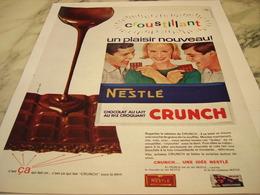 ANCIENNE PUBLICITE CHOCOLAT CRUNCH DE NESTLE 1964 - Affiches