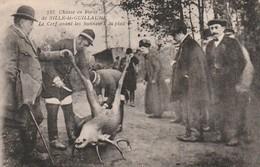 Rare Cpa Chasse En Forêt De Sillé De Guillaume Le Cerf Avant Les Honneurs Du Pied - Sille Le Guillaume