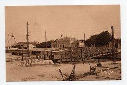 - CPA LA PALLICE-ROCHELLE (17) - Gare Maritime Et Bureau Du Port - Editions Bergevin 13024 - - La Rochelle